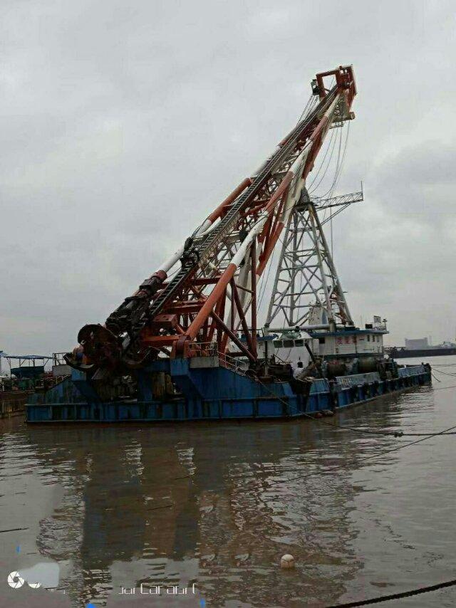 70米打桩船