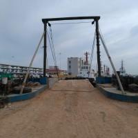 出售1000吨甲板驳船