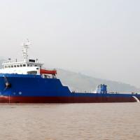 7000DWT甲板驳
