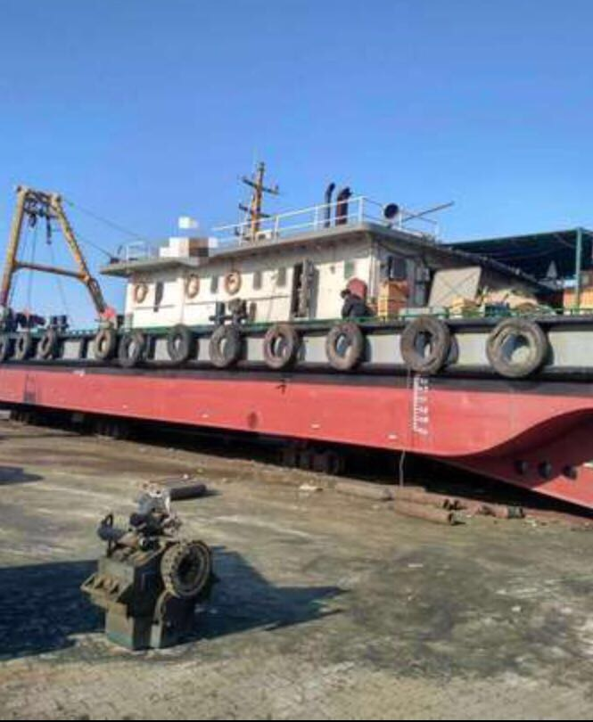 100吨起锚艇