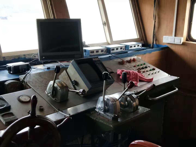 出售二手1100吨货改水船
