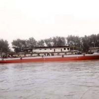 出售1989年造1997年改造内河油趸