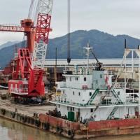 150T沿海全回转浮吊船