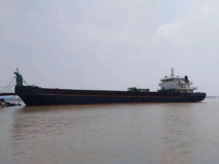 2014年3000T沿海甲板驳船