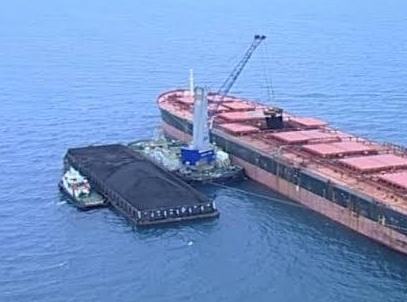 求购 过驳20万吨船 全 回转浮吊船