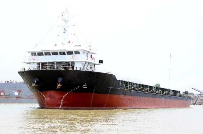 出售,10年浙江造5730吨甲板驳
