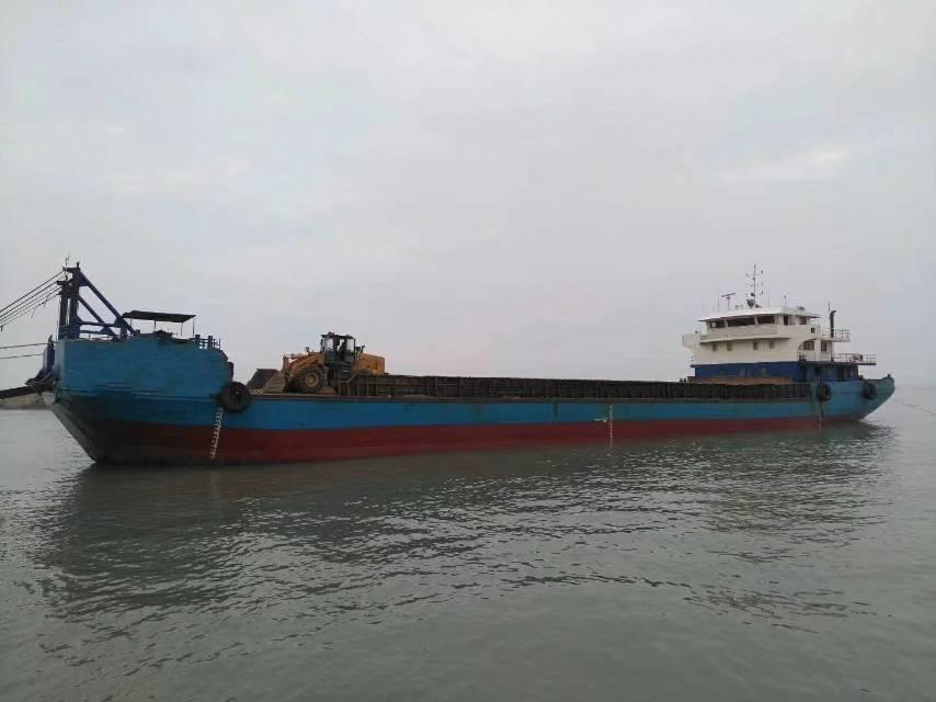 2600吨甲板驳船
