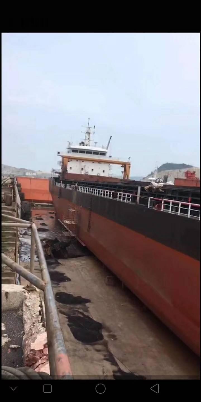 12000吨自吸自卸沙船