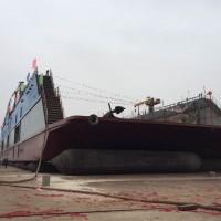 2016年造2200吨举力浮船坞
