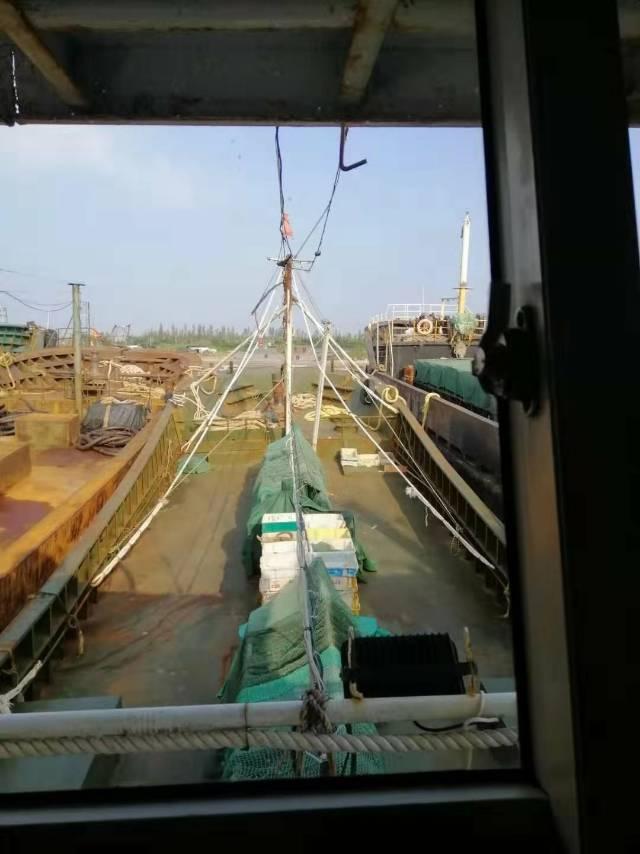 出售220吨沿海无证鱼油船