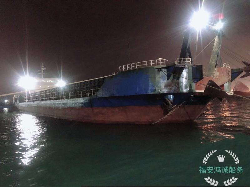 出售5000吨沿海甲板驳船