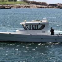 出售2012年造13.8米沿海铝合金游艇
