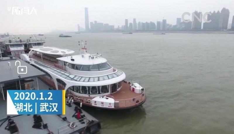 自主研发千吨级电动客船