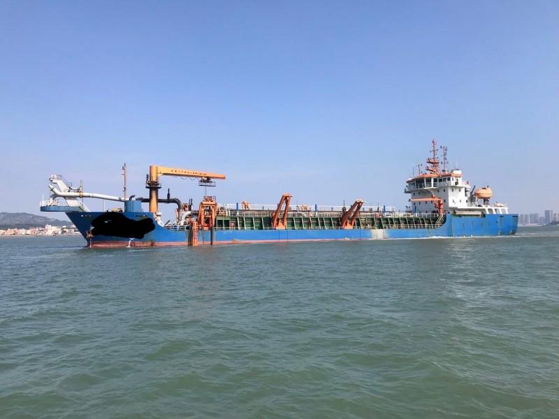 售5600方耙吸挖泥船