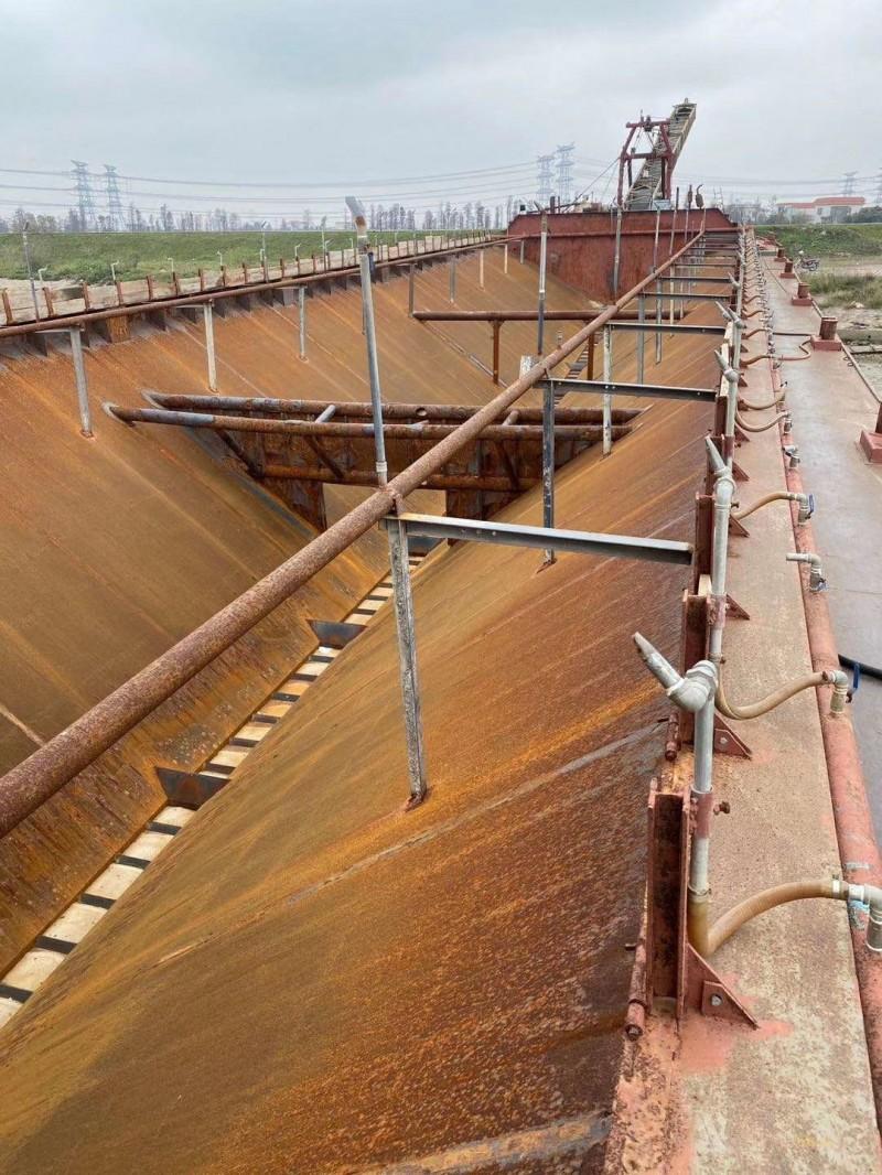 9000吨自吸自卸沙船
