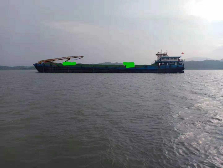 出售自卸沙船6500吨