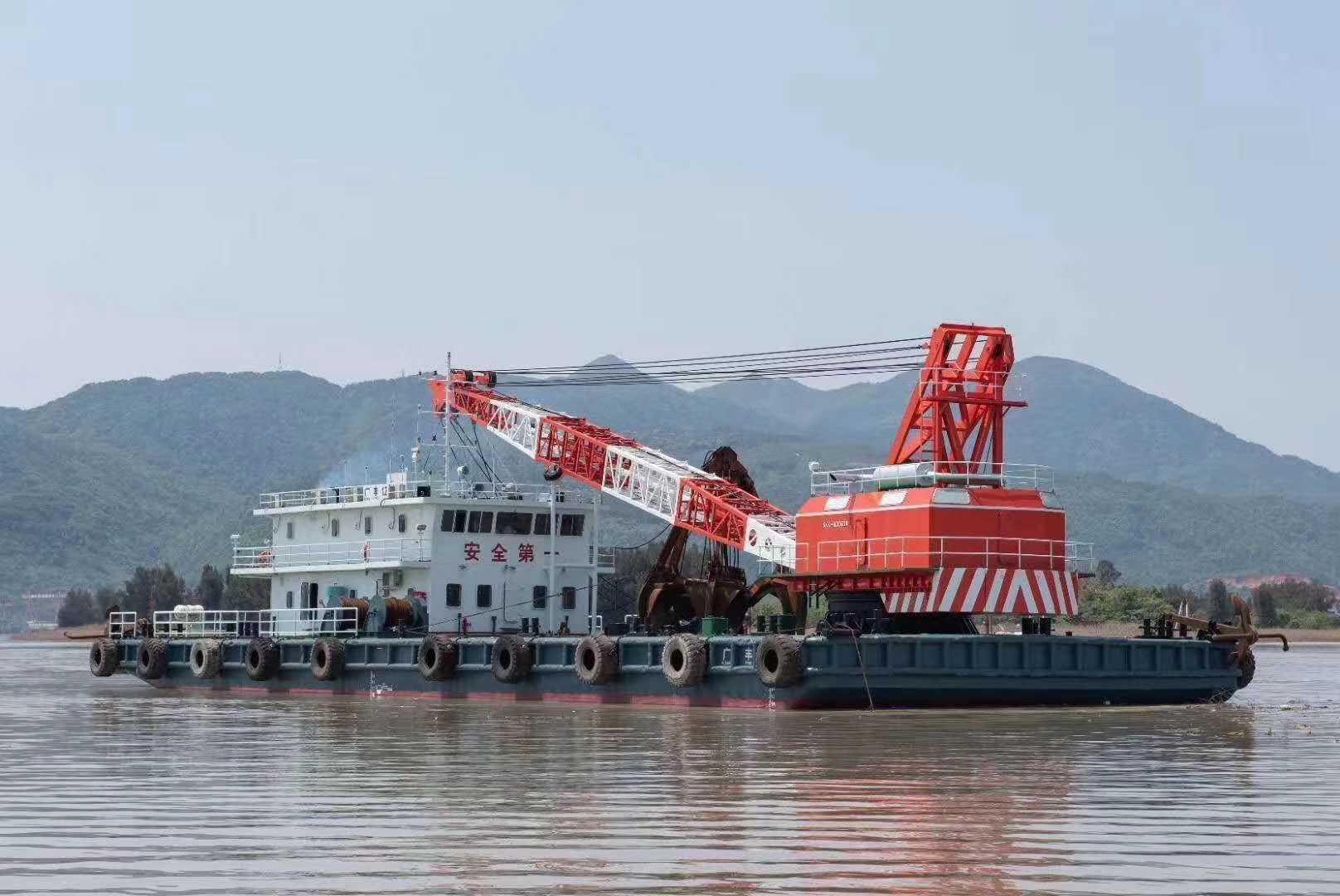 出售日本SKK600挖泥船