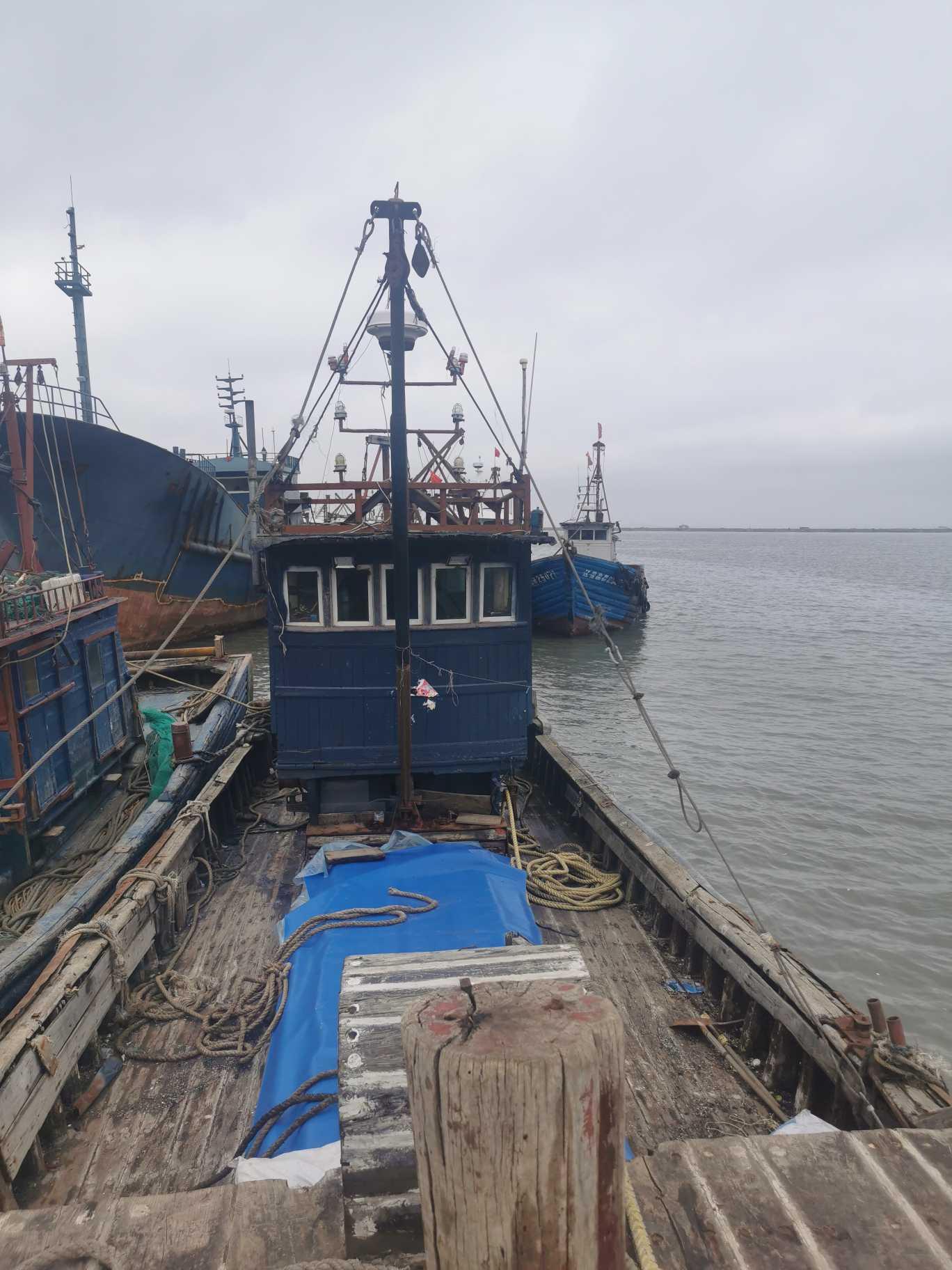 出售渔船21米左右