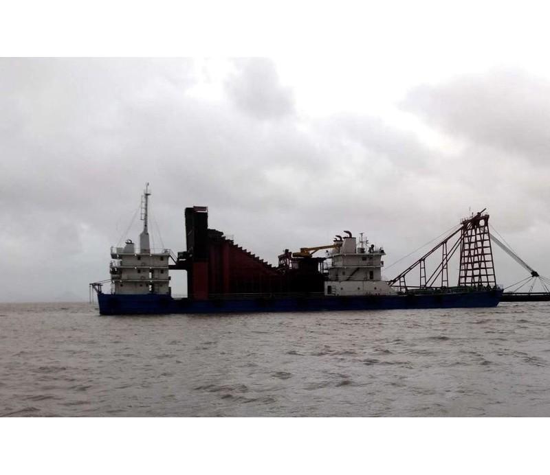 出售沿海自吸采砂船