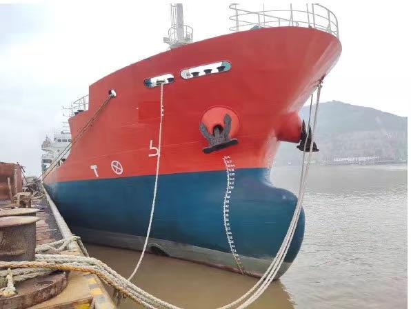 出售1500吨化学品船