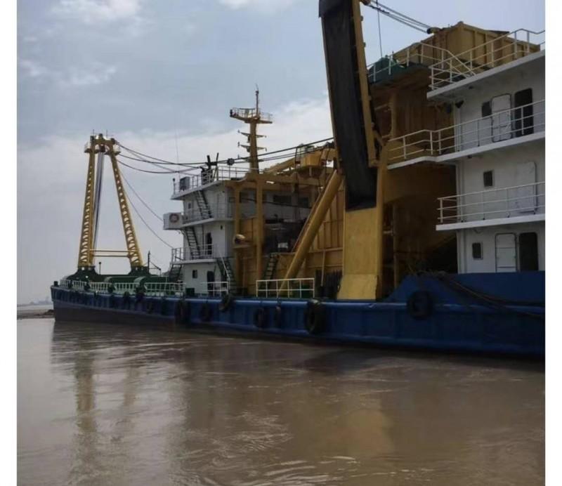 出售2011年造每小时1200方沿海采砂船