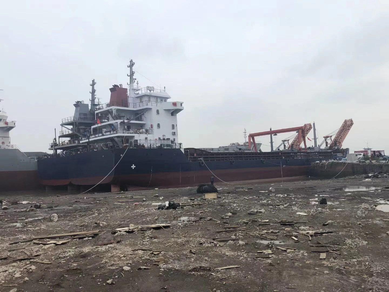 出售5100吨自卸沙船