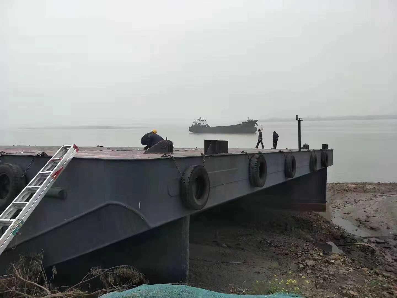 出售:2016年造无动力甲板船