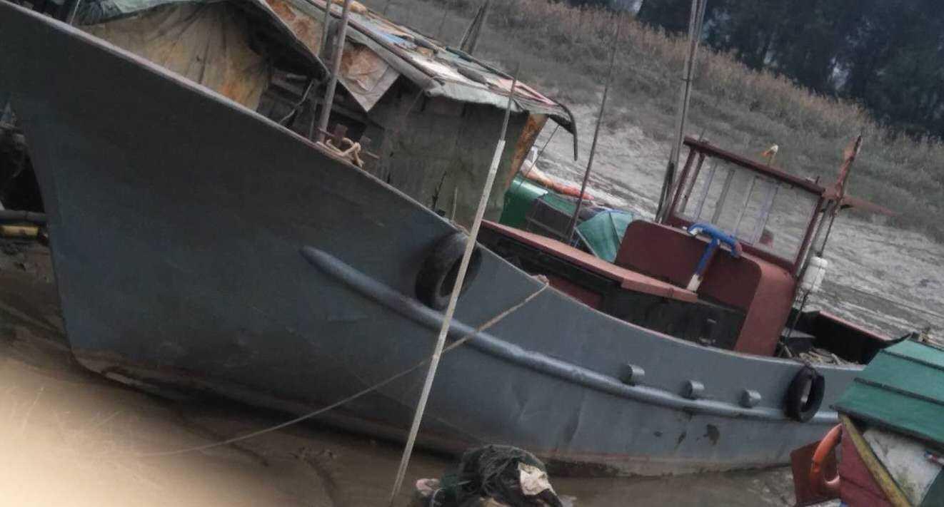 30吨小油船