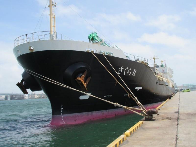 出售98年19000吨日本不锈钢化学品船