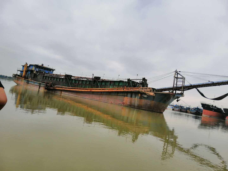 出售2600吨A级自吸自卸沙船