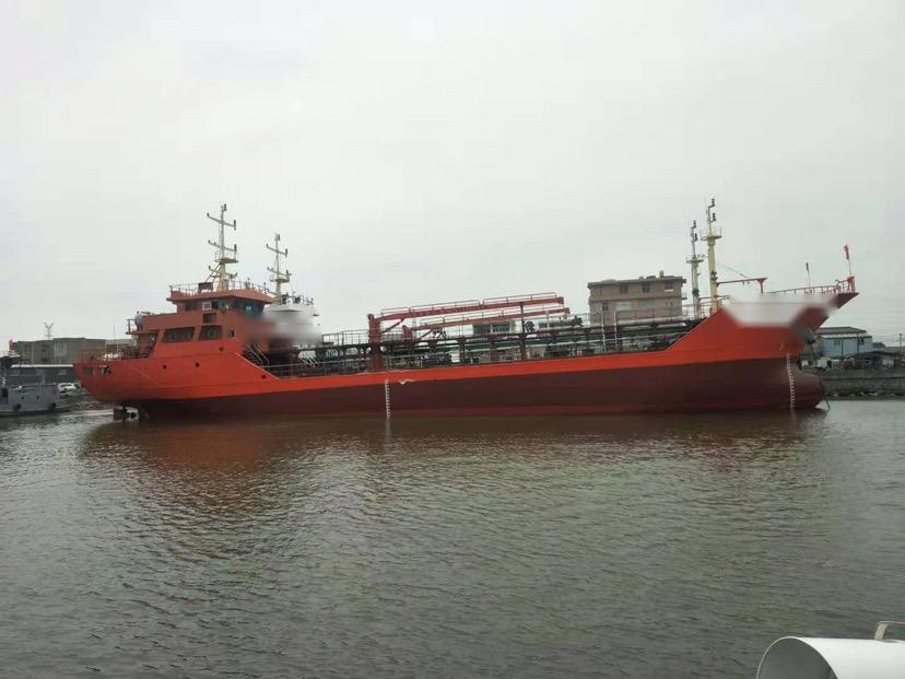 1000吨三级油船