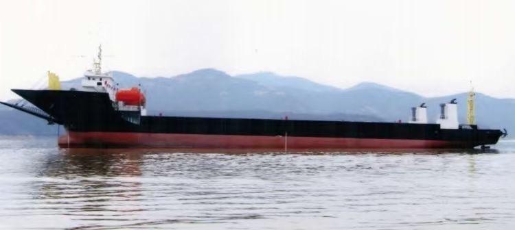 出售5190吨前驾驶驳船