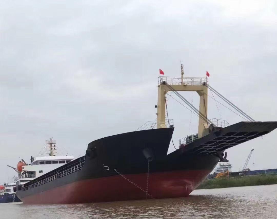 出售8100吨甲板船