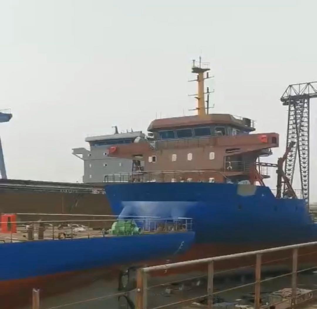出售5160吨甲板船