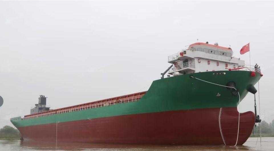 出售12266吨集装箱船