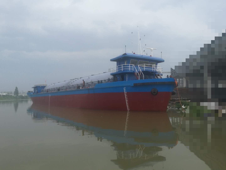 出售水泥罐装船