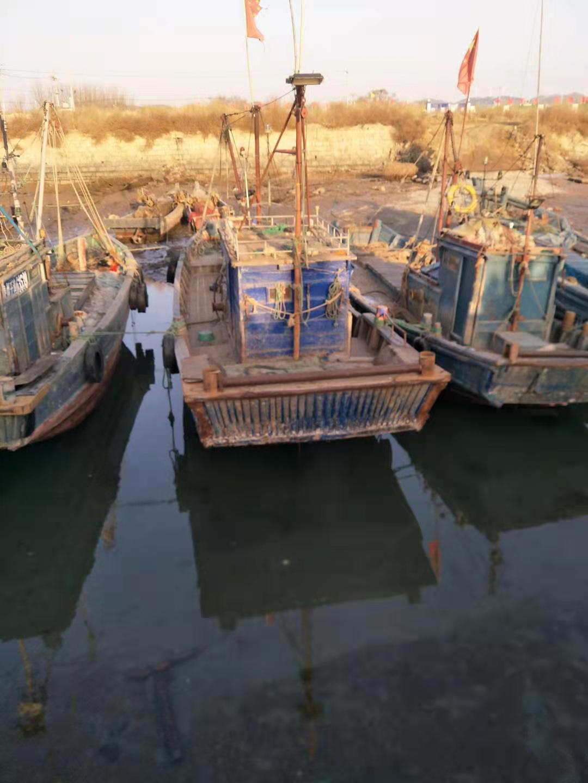 单拖渔船出售