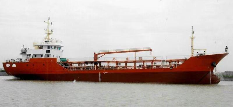 出售860吨加油船