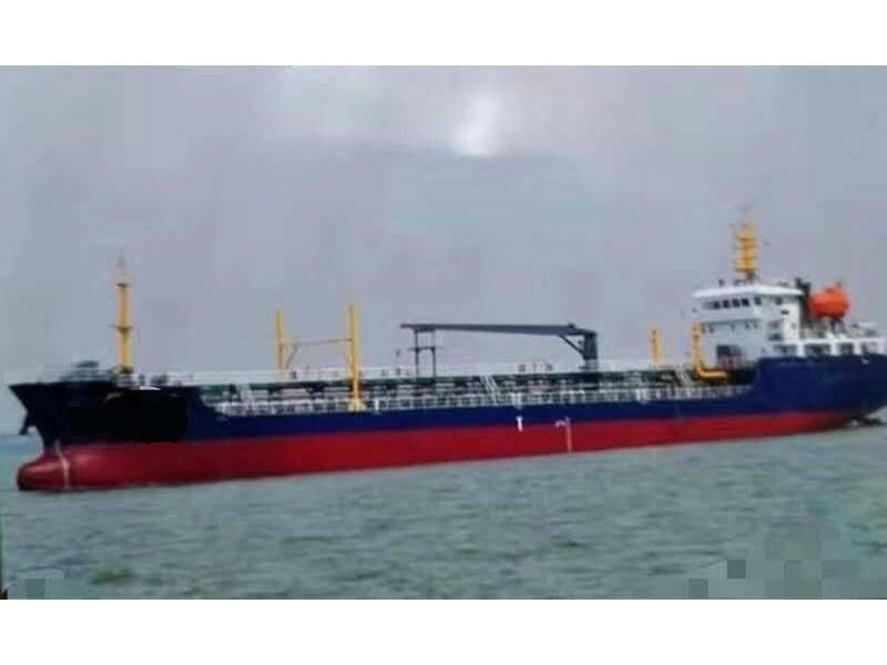 售:2013年近海4600吨一级油船