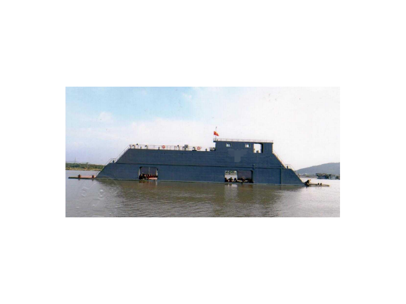 出售2018年造1700举力内河A级浮船坞