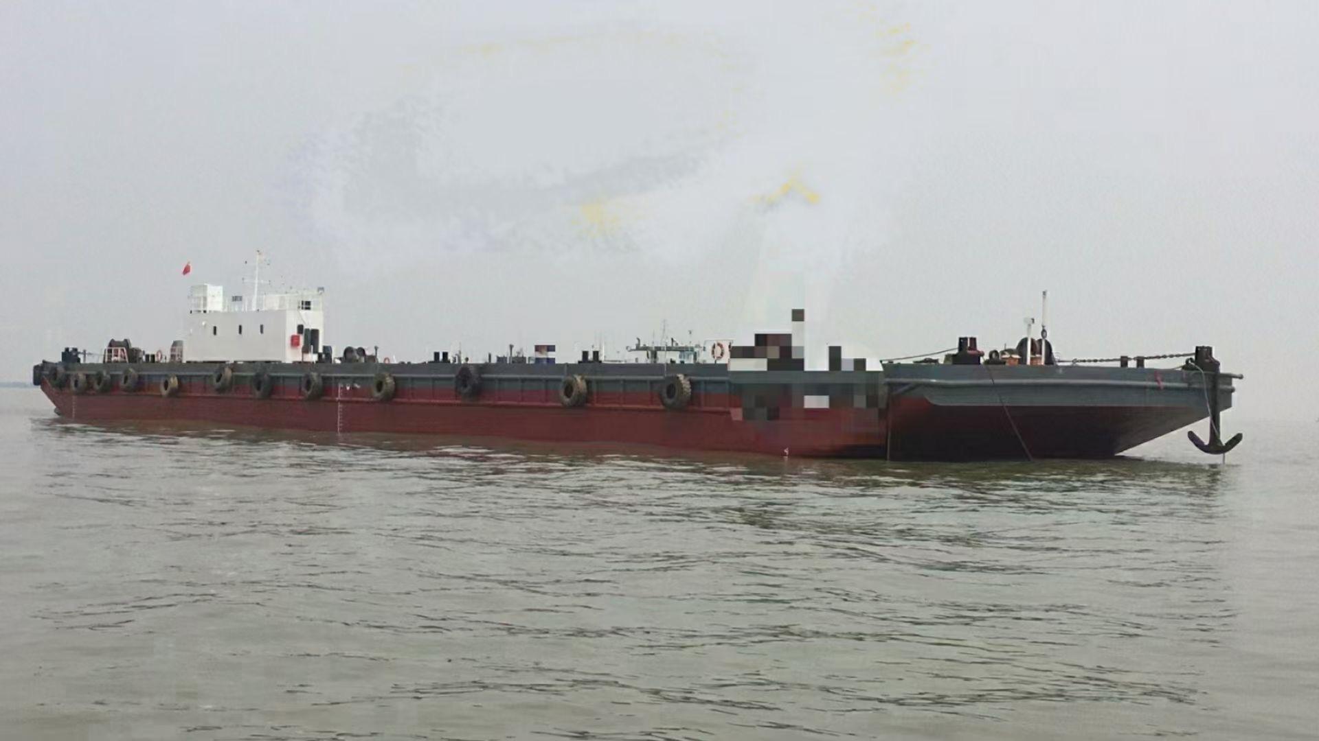 出售3500吨无动力驳船