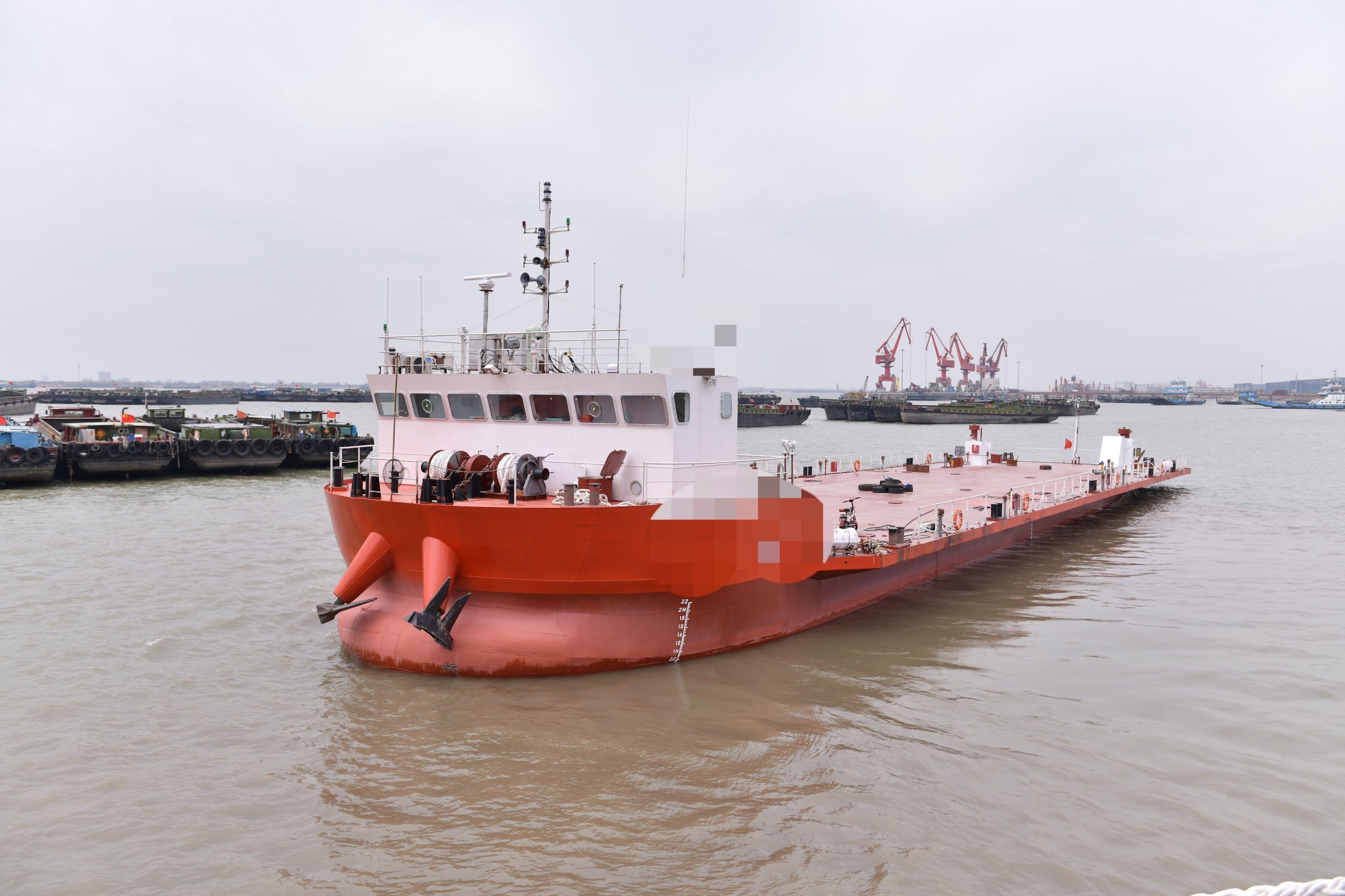 出售3100吨甲板船