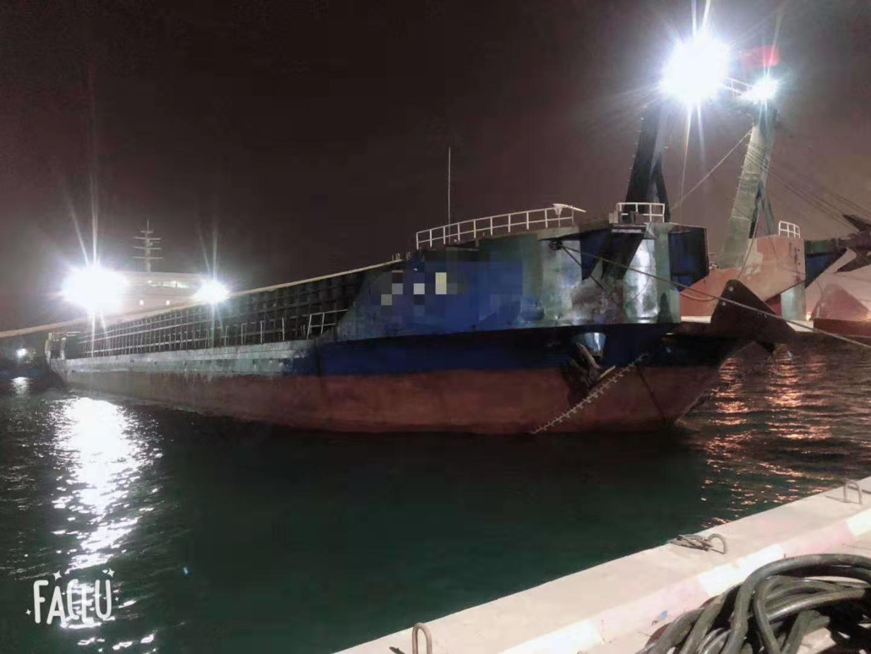 出售5300吨后驾驶甲板驳