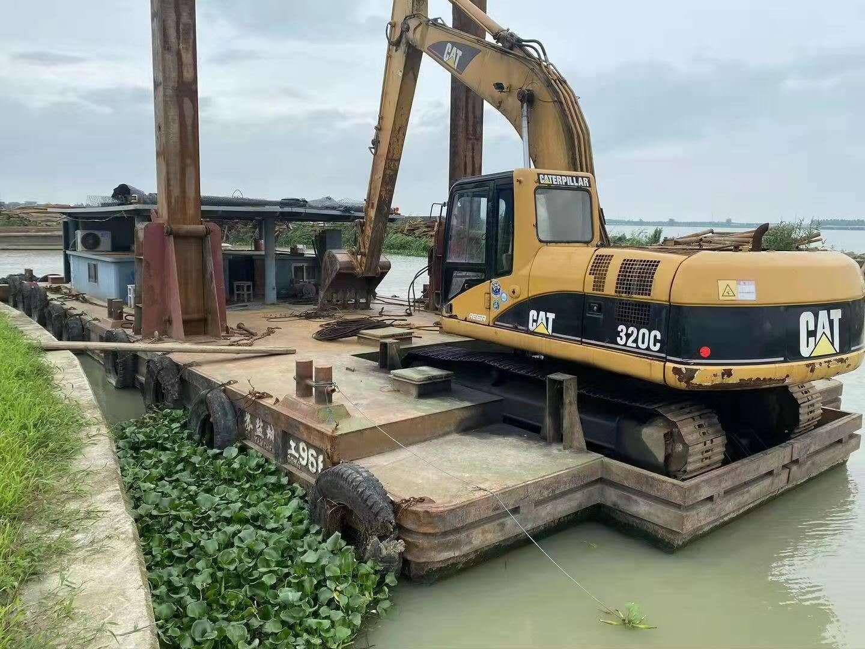 分体式定位桩挖机船
