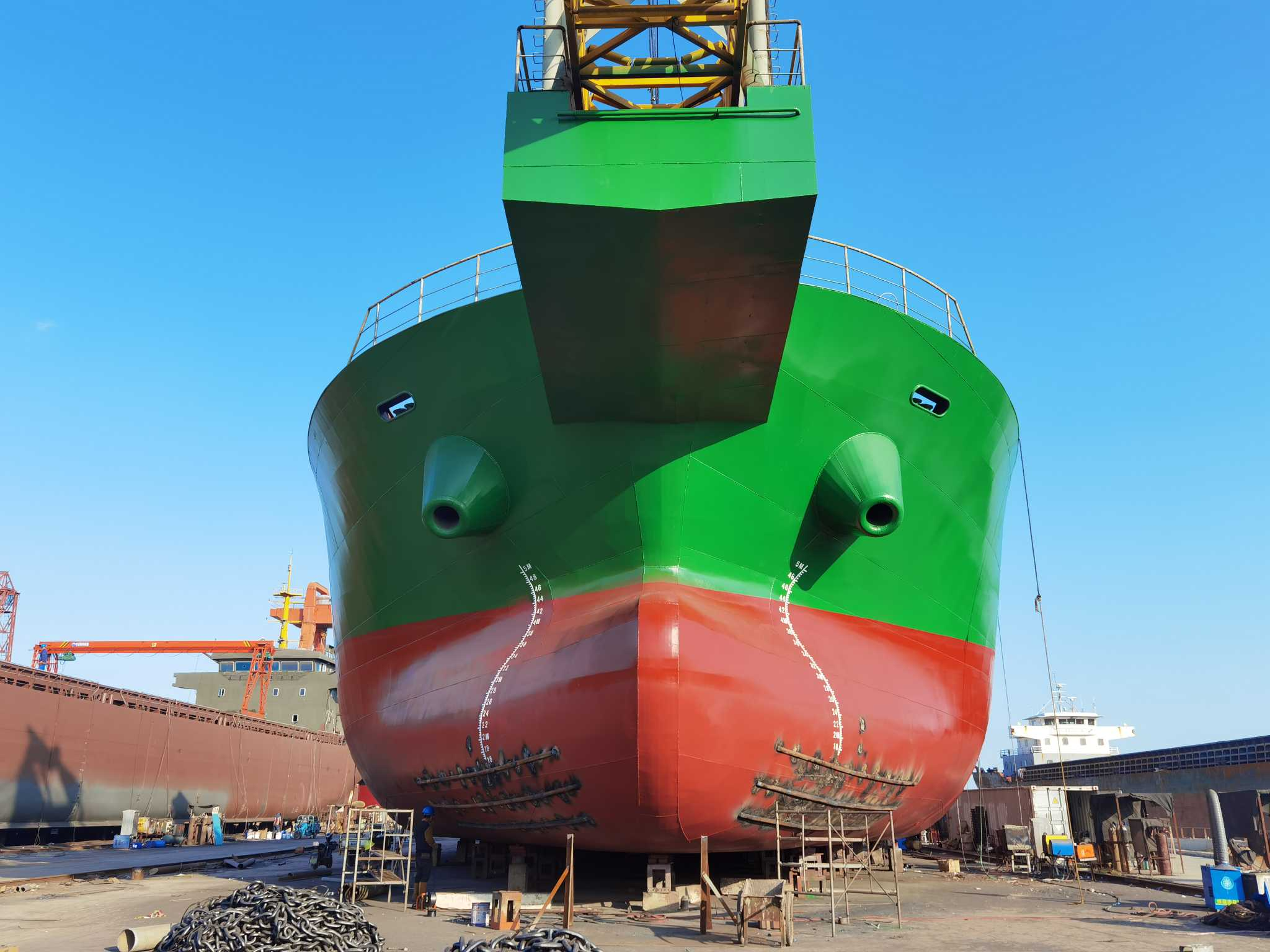 出售江苏在建6000吨自卸砂船,