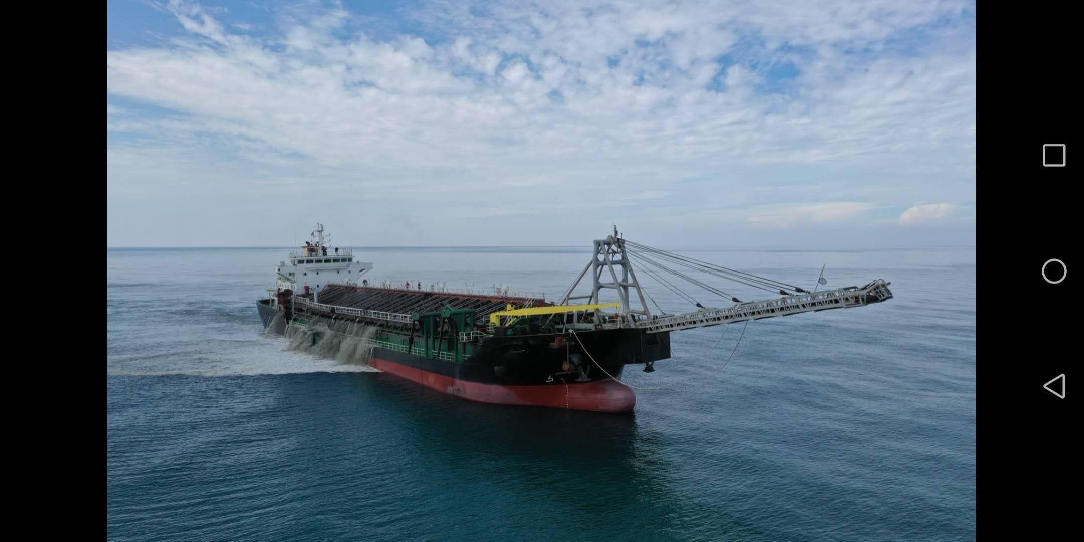 2019年4月福建造11000吨沿海自吸自卸砂船