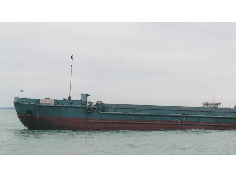 出售1993年造沿海1500方开体泥驳