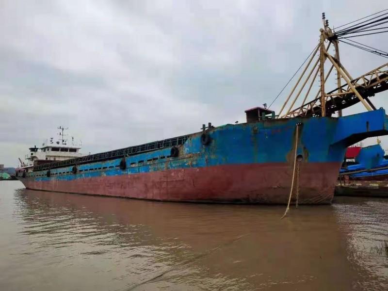 售;2017年沿海2500吨自卸砂船
