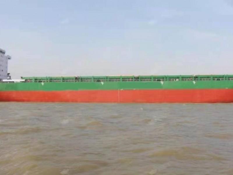 出售2009年12月造6200吨集装箱船