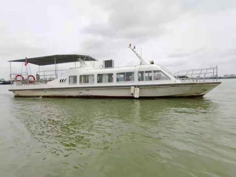 出售2019年造13.8米12人沿海玻璃钢游艇